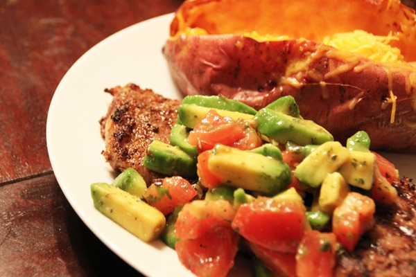 Mexican-Steak-and-Avocado-Salsa-Paired-with-Juve-de-Camps-Cava-6